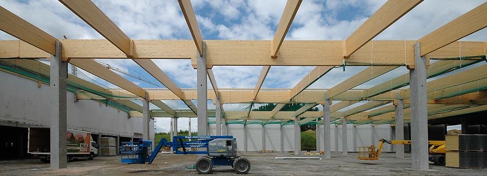Brettschichtholz Dachkonstruktion Montage
