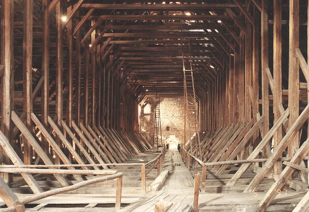 Dach Holz Tragwerk Gotik